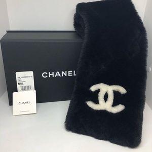 Chanel Scarf 19K